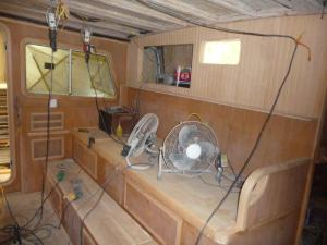 Pilothouse setee