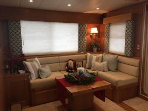 Salon - Starboard Side