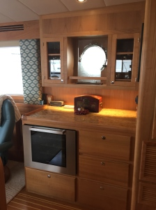 Galley, Buffet and Wine Fridge!
